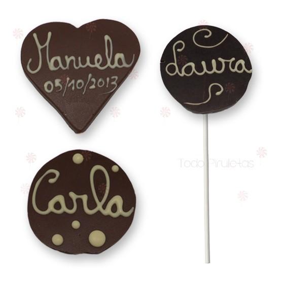 Diferentes formas de piruleta chocolate decoradas a mano alzada